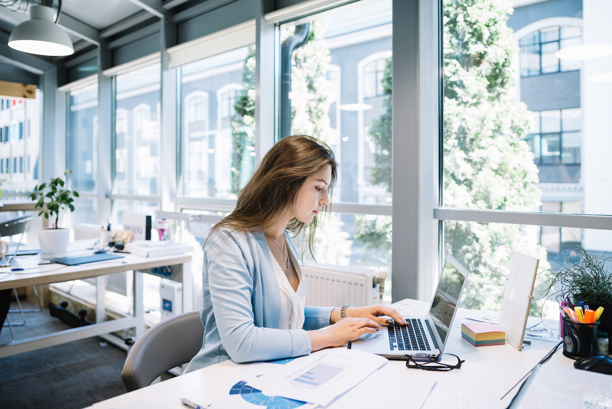 Co všechno byste měli umět s PC, abyste se lépe uplatnili na trhu práce?